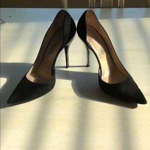 Jimmy Choo Black Classic Suede Pumps